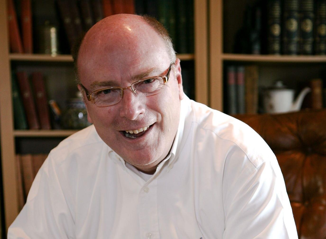 Charles Morris 2011 web 50