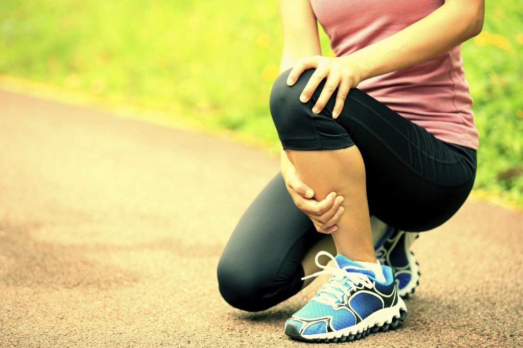 Runner athlete sports injured knee