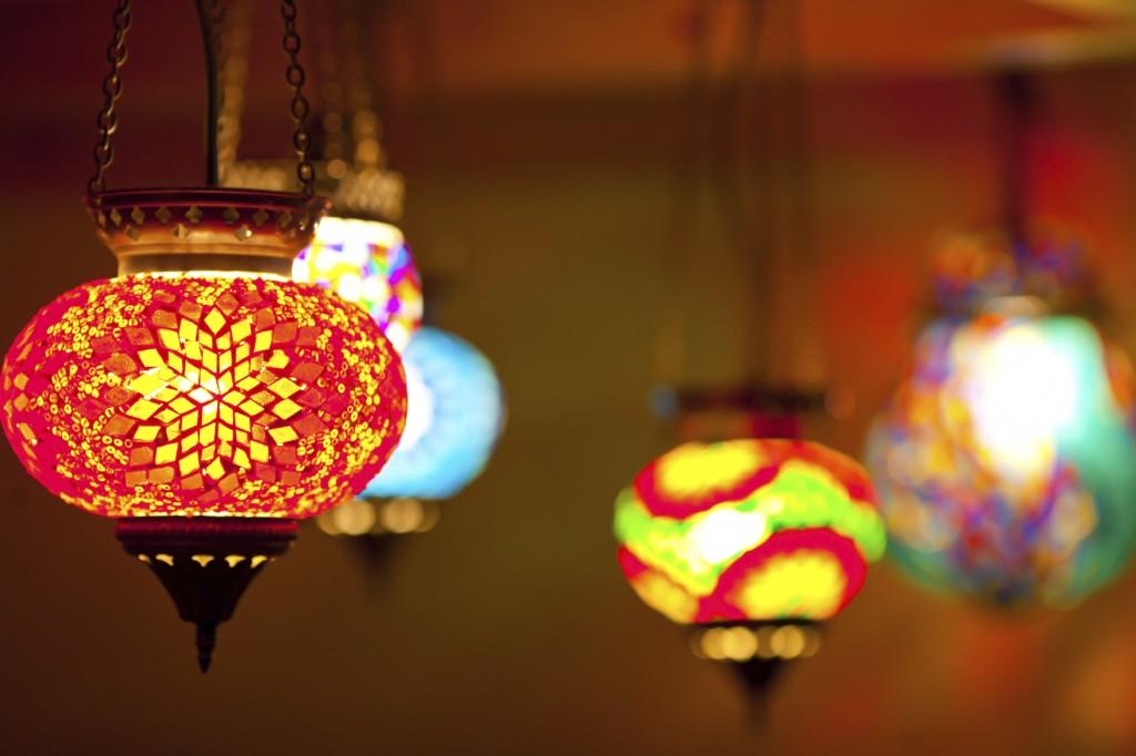 colorful lantern lamps