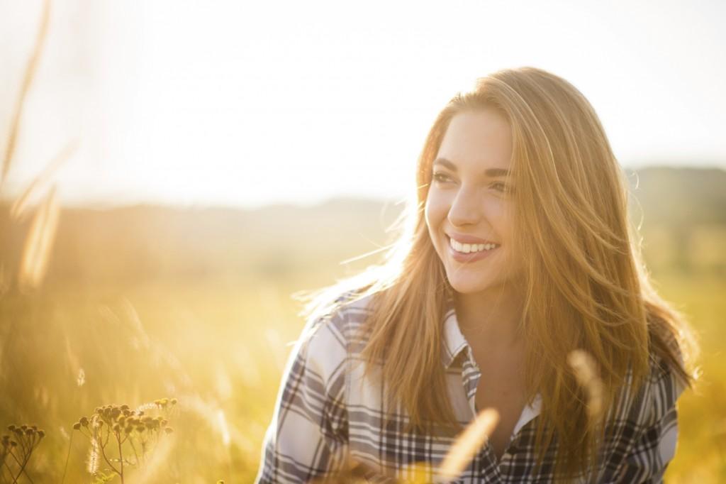 Woman - sunny nature portrait