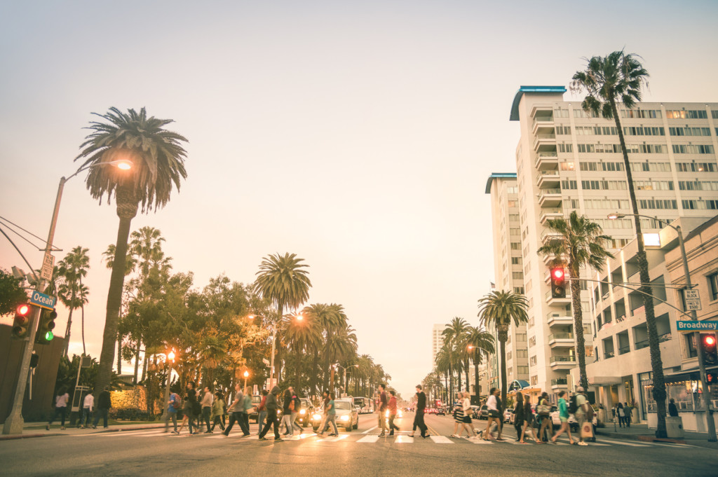 Locals and tourists walking on Ocean Ave in Santa Monica
